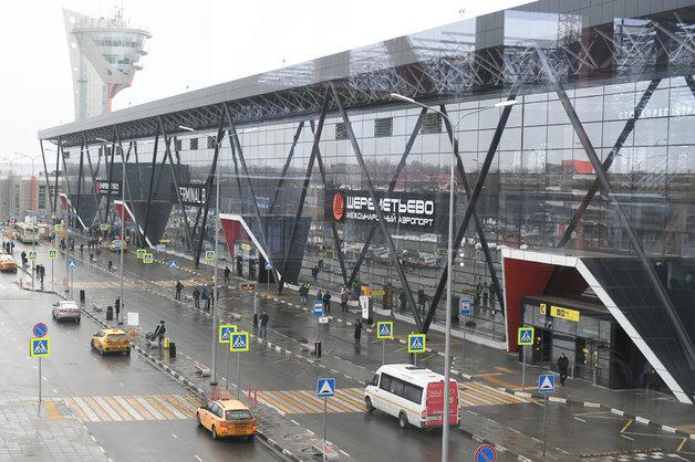 «Митинская петля» аэропорт Шереметьево: как людям выживать?
