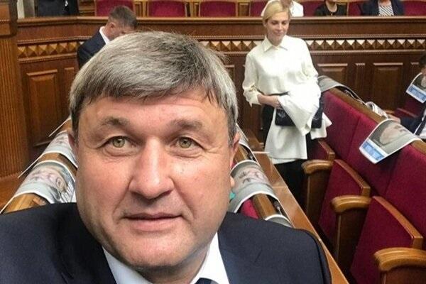 """После корпоратива: в сеть попало """"пьяное"""" видео со """"слугой народа"""""""