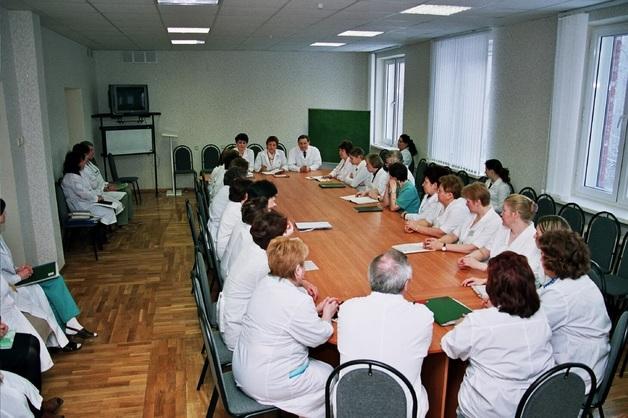 На совещание медработников столичной гинекологической больницы были вызваны сотрудники Росгвардии