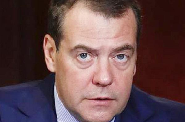 """Дмитрия Медведева обжулил самозванец-госинтегратор """"из Сколково"""""""