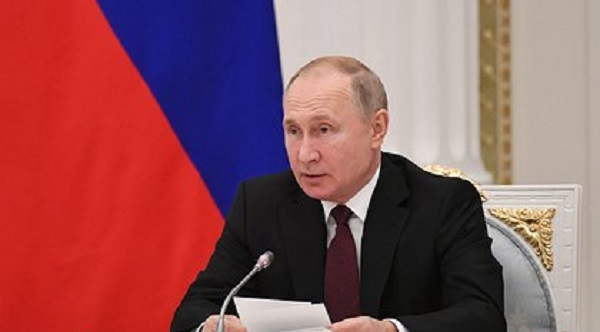 Путин уволил шесть генералов и двоих полковников
