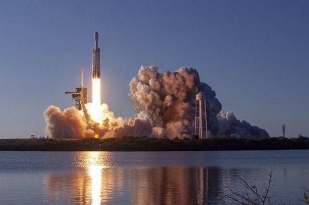 SpaceX специально «взорвала» ракету Falcon 9