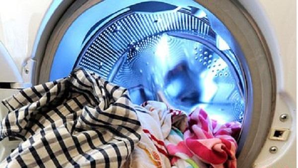 Россиянка постирала новорождённого ребёнка в стиральной машине