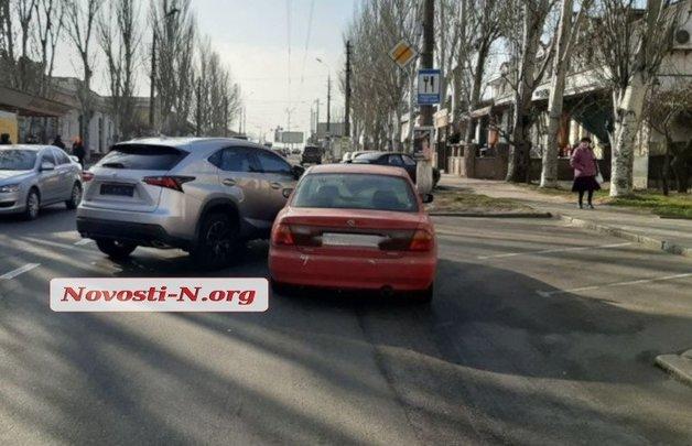 """Нардеп-""""слуга"""" устроила ДТП в Николаеве"""