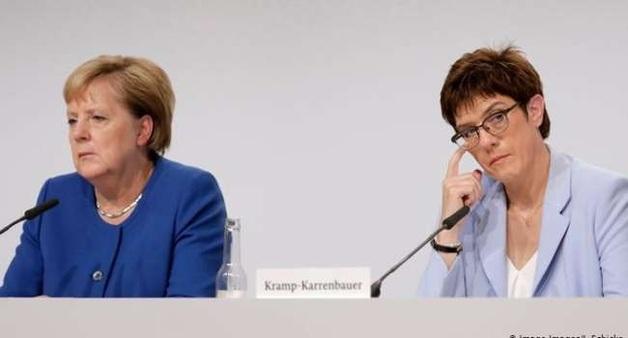 Такого Меркель не ожидала: на закате своей карьеры канцлер ФРГ теряет влияние в родной партии и стране