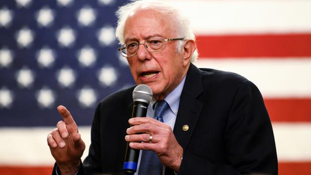 Берни Сандерс лидирует на праймериз демократов в Нью-Гэмпшире. Считавшийся фаворитом Джо Байден