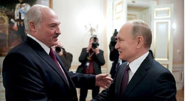 Стало известно о попытках Путина убедить Лукашенко создать сверхдержаву