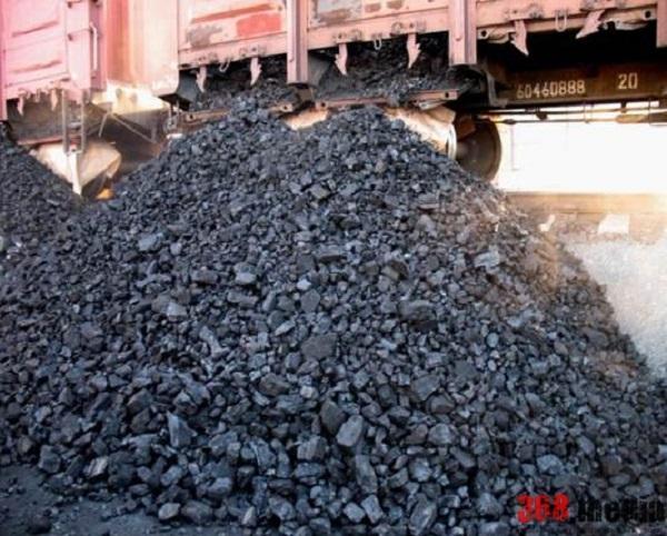 Связанная с экс-нардепом фирма вывозит уголь из шахт сепаратистов