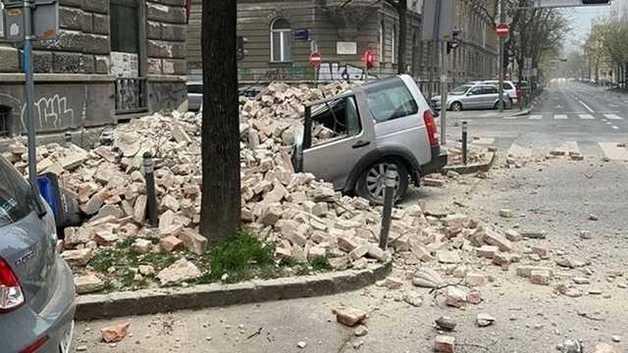 Мощное землетрясения в Загребе: повреждены здания и главный собор Хорватии