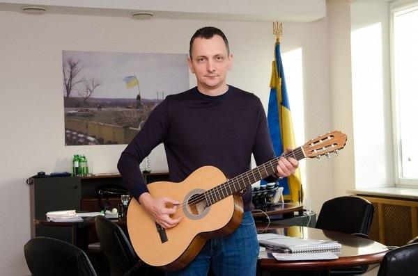 Коррупционер Юрий Голик спасается бегством в Днепр