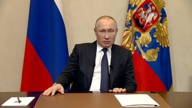 Путин обратился к народу, сделал неделю нерабочей и перенес голосование по Конституции