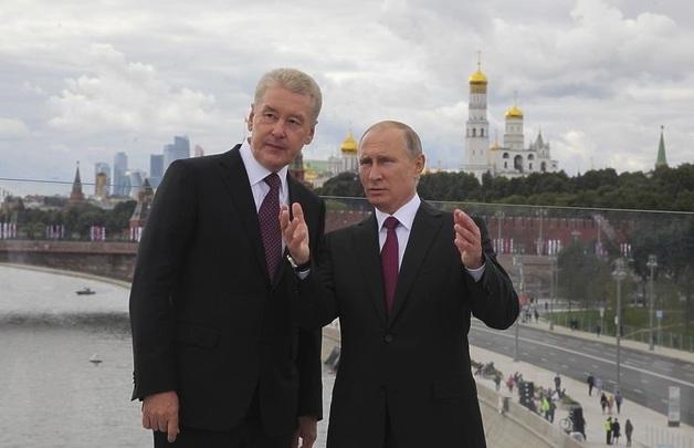 Собянин вместо Путина? Кто становится главным политиком в стране