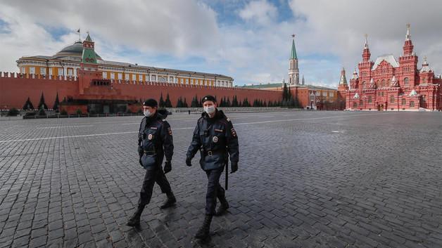 В РФ от коронавируса умерли 1 356 человек
