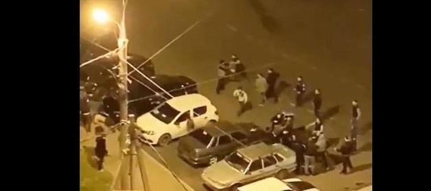 В российском городе произошла массовая драка со стрельбой