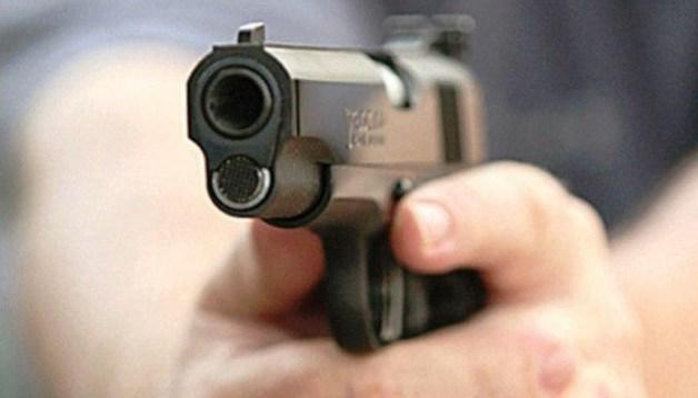 В США 13 человек пострадали во время стрельбы на поминальной службе