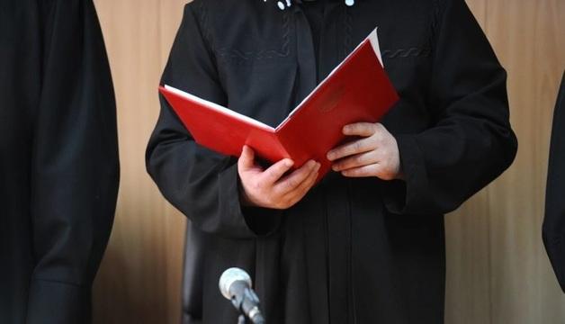 «Ссылались на придуманные уголовные дела и несуществующие законы». «Диссернет» нашел нарушения в диссертациях десятков российских судей