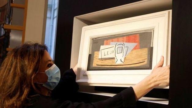 В Италии женщина выиграла в лотерею картину Пикассо за миллион долларов. Билет стоил 100 евро