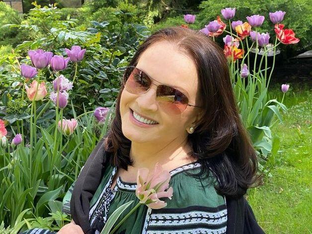 72-летняя Ротару вернулась в соцсети и восхитила цветущим видом