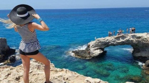 На Кипре с 9 июня возобновят работу аэропорты Ларнаки и Пафоса