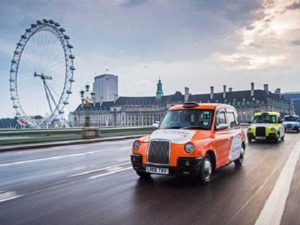 Плюнул и заявил, что заражен: в Лондоне таксист заболел коронавирусом из-за клиента