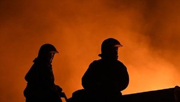 В Подмосковье загорелась деревянная церковь