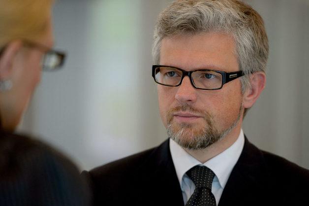 «Циничный лоббист Кремля»: Посол Мельник отреагировал на оскорбления Шредера