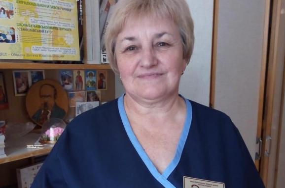 На Прикарпатье от COVID-19 умерла старшая медсестра детской областной больницы
