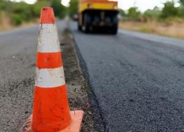Чиновников Черкасской ОГА обвиняют в вымогательстве отката 10% на ремонте дорог
