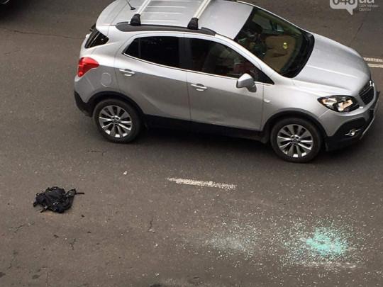 В центре Одессы средь бела дня устроили стрельбу