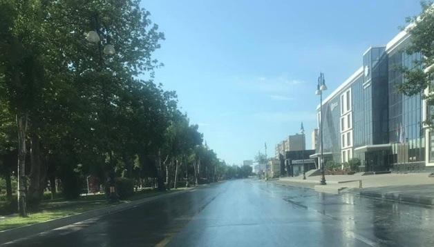 "Азербайджан резко усилил карантин: до ""полной изоляции дома"""