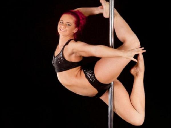 Двукратная «Мисс Танец на пилоне» Великобритании внезапно умерла в 27 лет