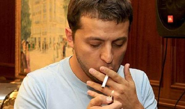 Стало известно, что курит Зеленский