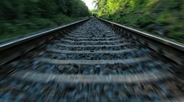В Тамбовской области 15-летняя девочка погибла под поездом