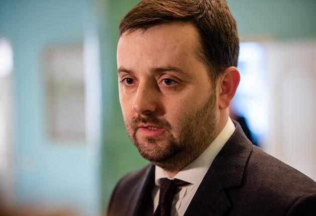 Пока Украина страдает от паводков из-за вырубки лесов глава Гослесагенства Андрей Заблоцкий скрыл из декларации элитный дом и авто
