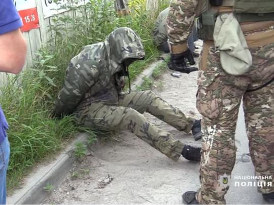 В Киеве обезвредили опасную банду уголовников, нападавших на дома бизнесменов
