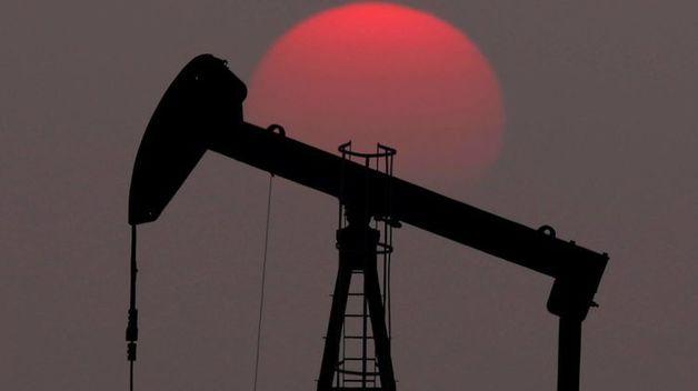 Нефть растет в цене из-за увеличения количества рабочих мест в США