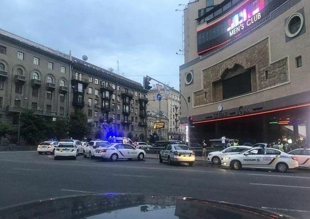"""""""Горячие парни"""" хватались за ножи: что произошло в центре Киева и кого задержали"""