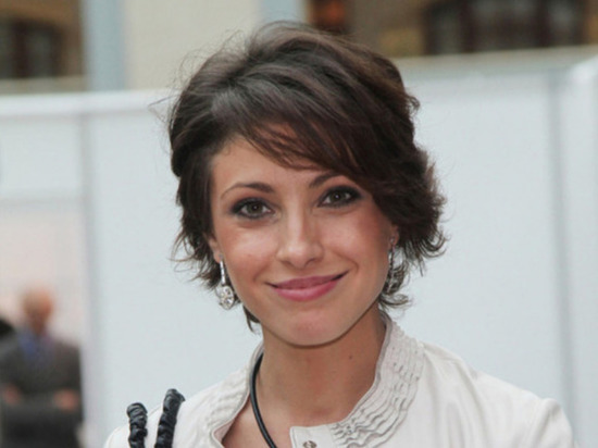 СМИ: актрису Анастасию Макееву бросил муж
