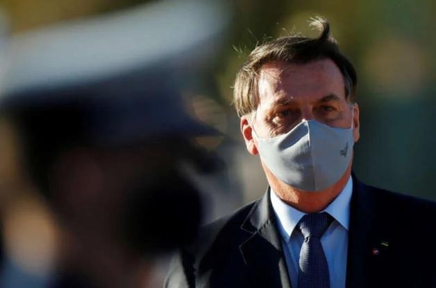 Не верящий в коронавирус президент Бразилии заболел Covid-19