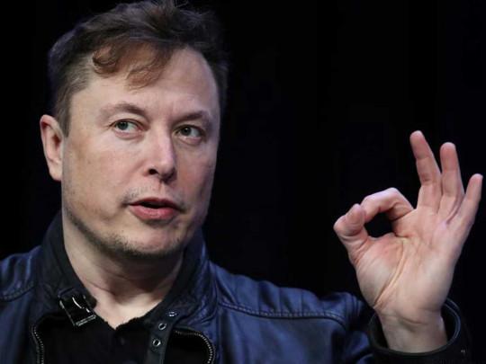 Поднялся на космосе: Илон Маск обогнал Баффетта в рейтинге миллиардеров