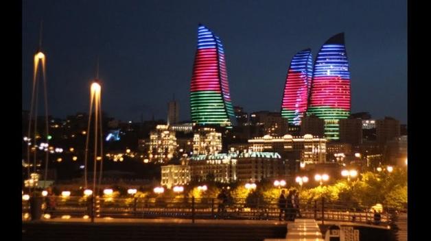 Более 23 тысяч азербайджанцев записались в армию на фоне обострения конфликта с Арменией