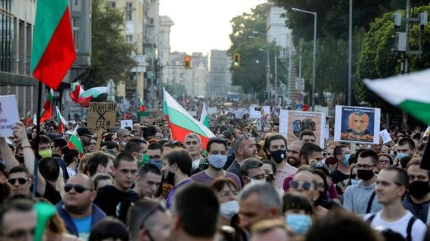 Протесты в Болгарии: митингующие заблокировали центр Софии