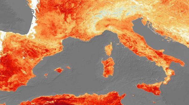 Европа страдает от невероятной жары. Люди отказываются от масок и дистанции