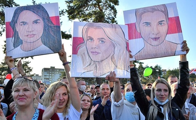 El País: Лукашенко считает, что женщина не может быть президентом. Сегодня его главные соперники – три женщины