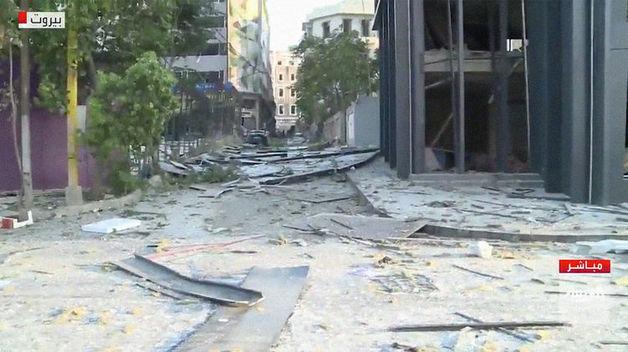 При взрыве в Бейруте пострадали здания иностранных представительств, ранены дипломаты России и Казахстана