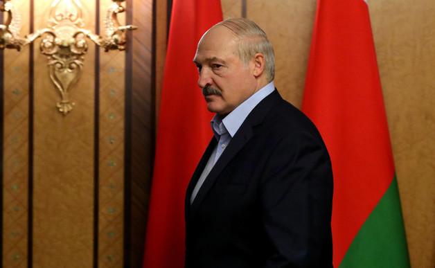 Лукашенко считает, что коронавирусом его заразили специально