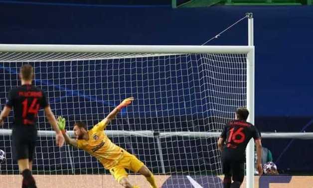 Четвертьфинальный матч Лиги чемпионов завершился сенсацией
