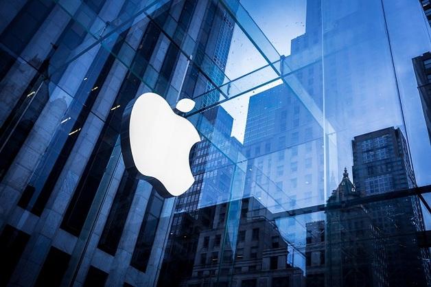 Рыночная стоимость Apple впервые превысила $2 трлн