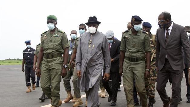 Военные Мали, задержавшие президента и премьера, предложили трехлетний план «пересмотра основ государства»