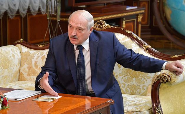 Кто присматривает за оружейными закромами Лукашенко